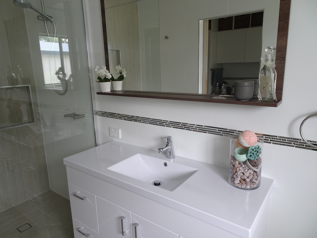 Contemporary Bathroom Unit Update